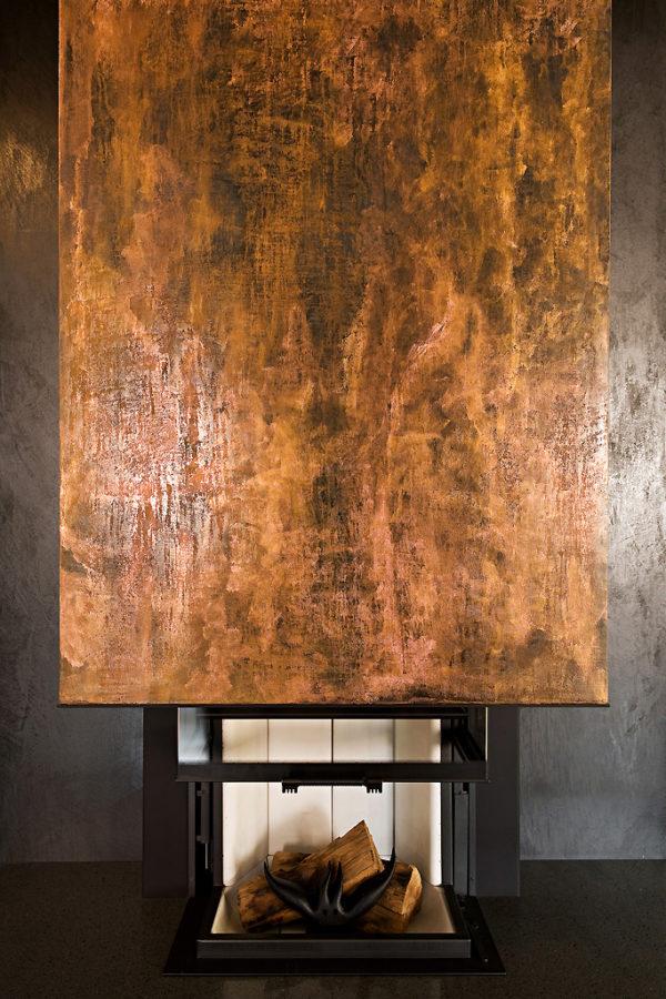 Rivestimento in resina, calce, polvere di grafite e di rame. anno: 2011