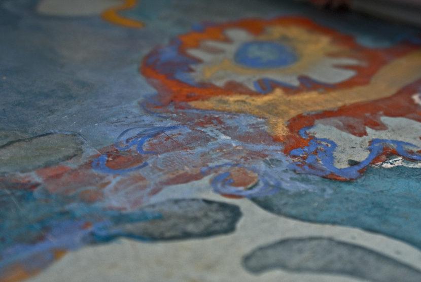 Grazia Lombardi. BAGNO DIPINTO - Rivestimento in resina a base calce, dipinta con acquerelli e pastelli secchi